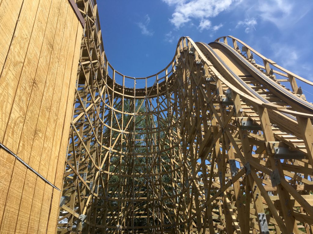 structure-bois-timber-wooden-coaster-walibi-ra