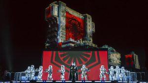 La Saison. de la force Star Wars en 2017 et 2018 à Dinseyland Paris : spectacles et illuminations