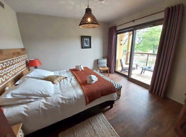 Photo d'une chambre du nouvel hôtel Savana Reserve Le Pal ouvert en 2021