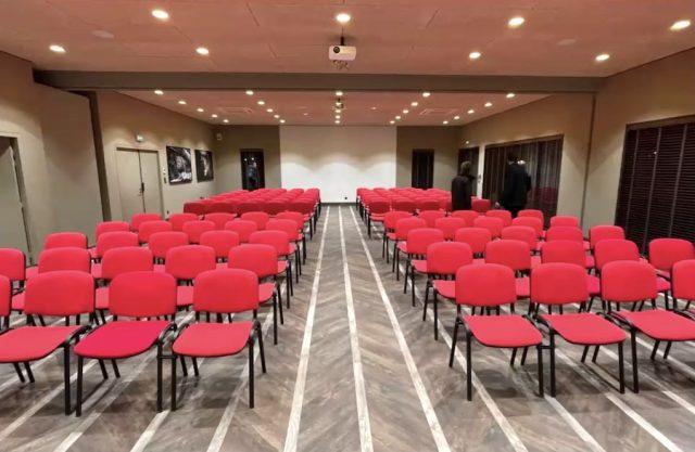 La salle de séminaire qui permettra de recevoir des séminaires d'entreprise lors de journées ou le Pal est ferm
