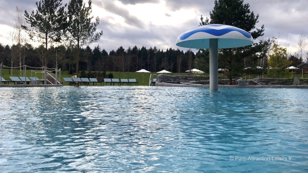 bassin exterieur frigg tempel rulantica piscine